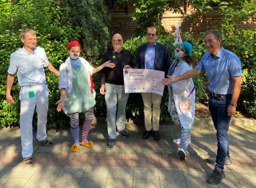 30.000 Euro für Humorvisiten in Wiesbaden, Rüsselsheim, Mainz und Bad Kreuznach 01